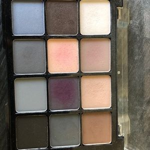 Viseart Cool Mattes eyeshadow palette